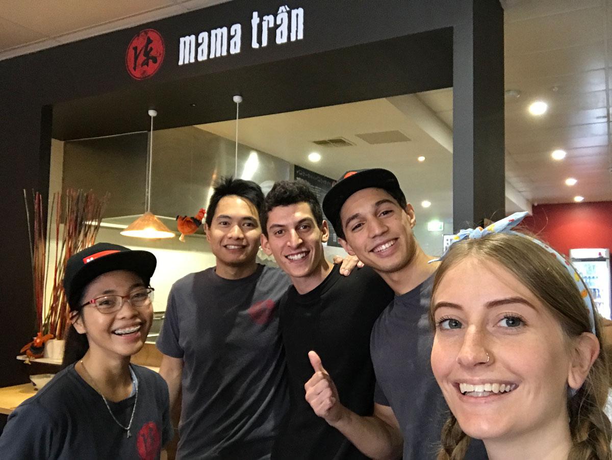 Mama's-team2