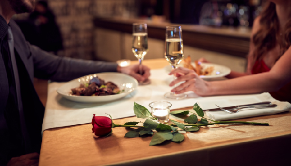 10 Restaurant Marketing Ideas For Valentines Day Deputy