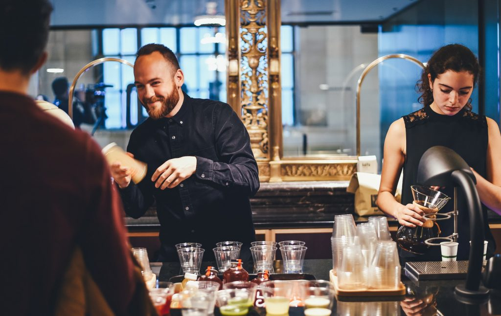Drinks & cocktails every bartender should know