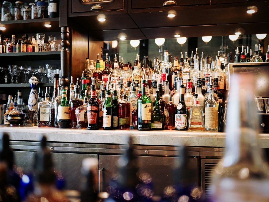 liquors and drinks every bar should serve | deputy®