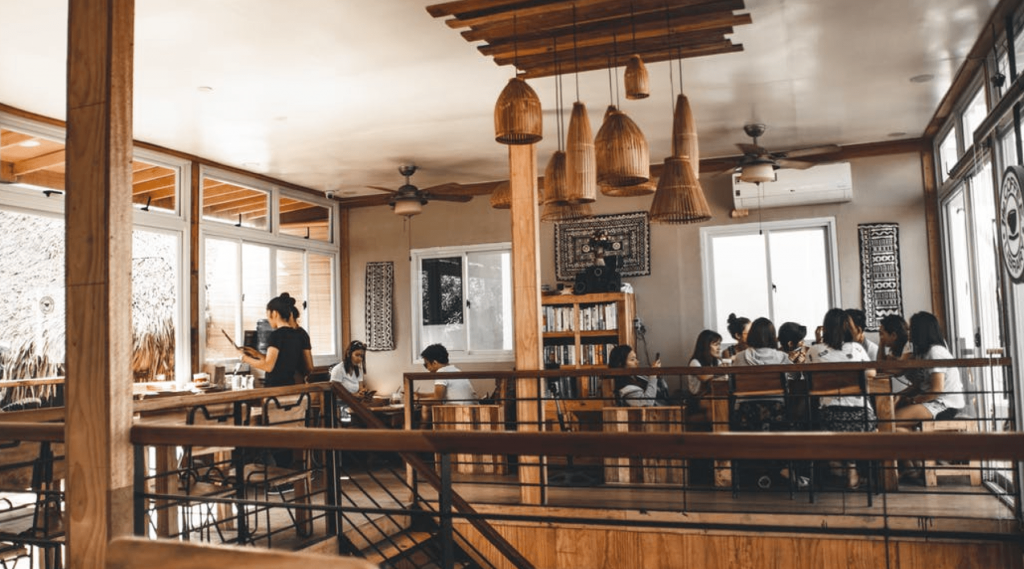 The Pros and Cons of Running an Automated Restaurant